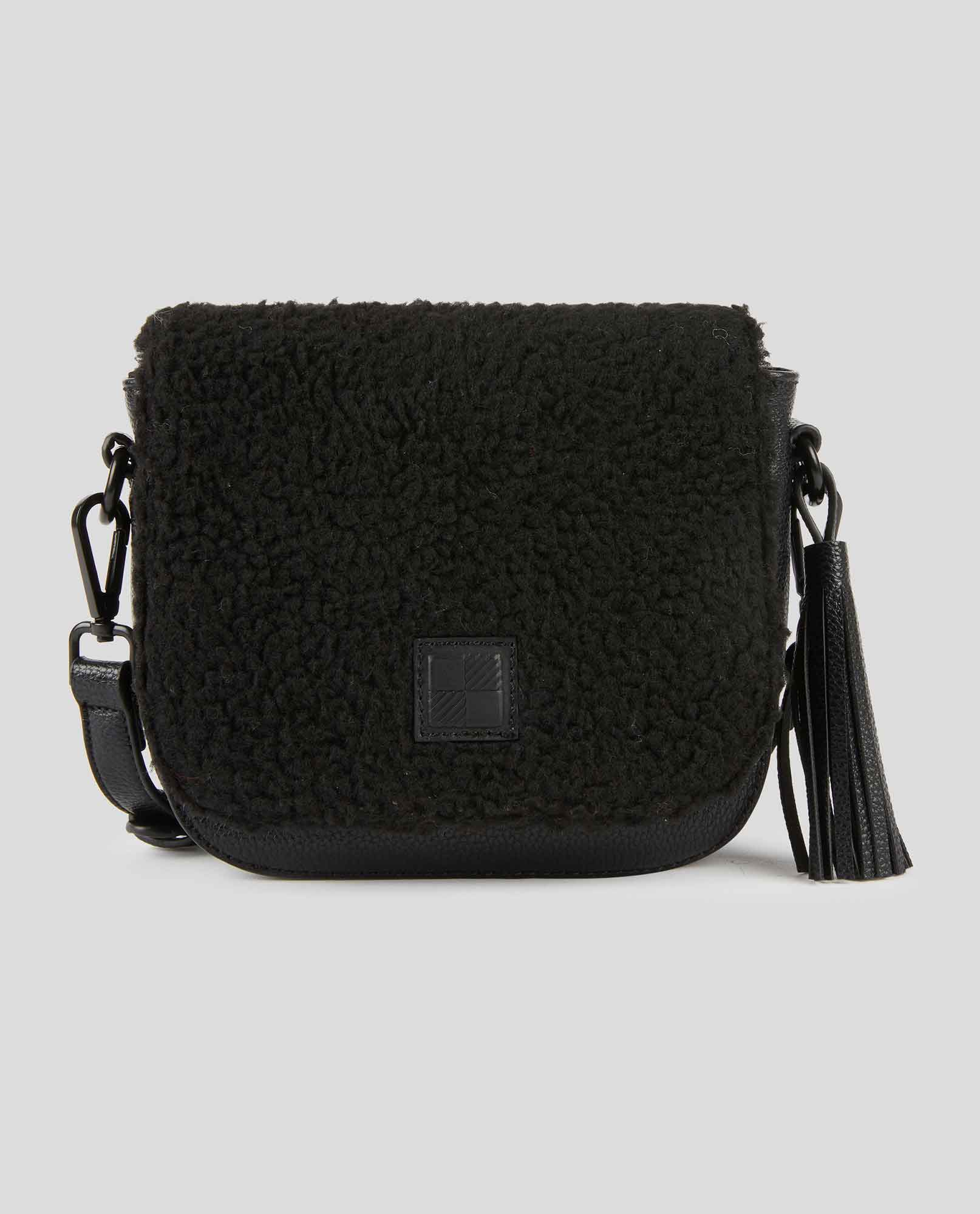 ALYSSA CROSS SHOULDER BAG