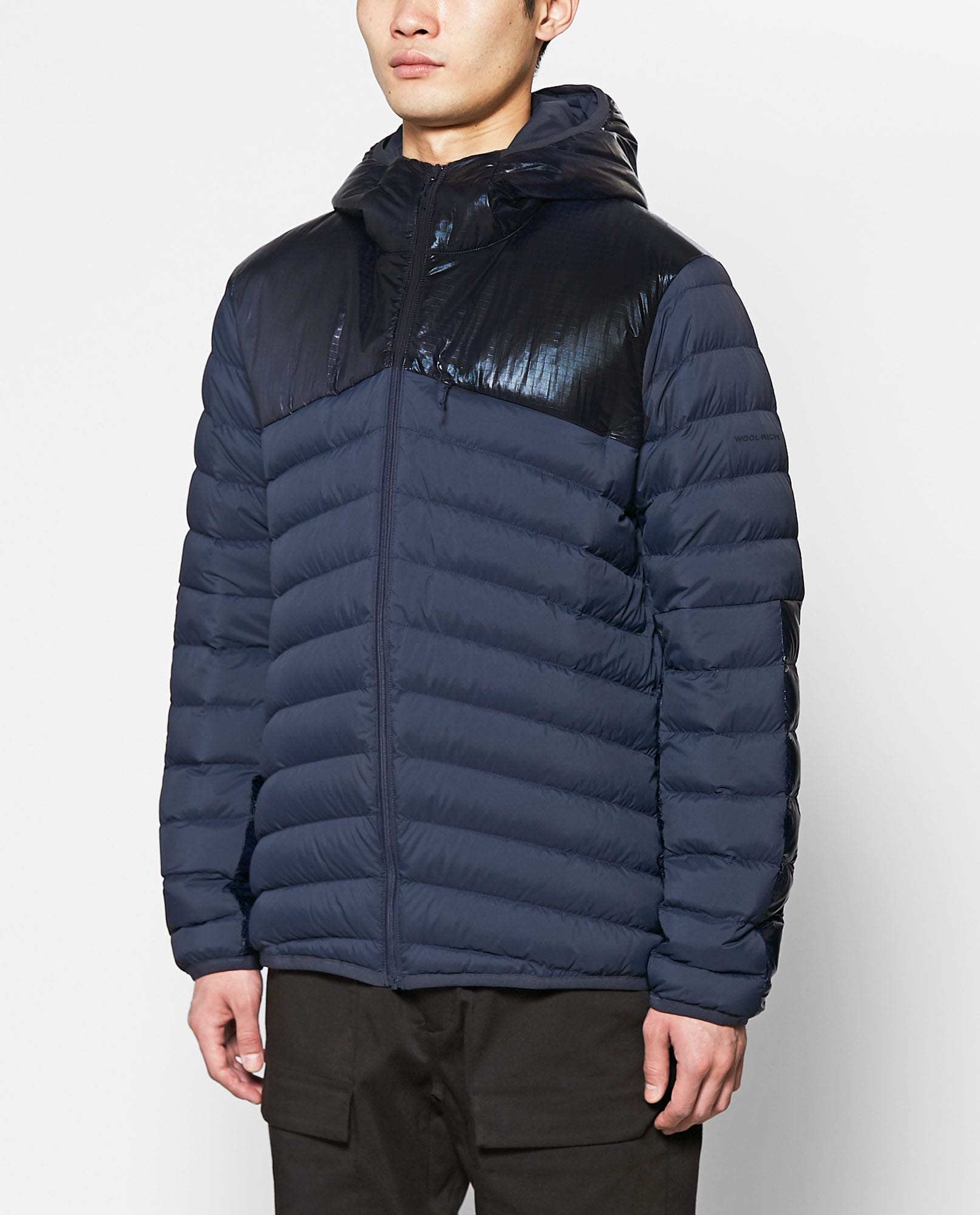TUNDRA DOWN JACKET